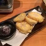 炊き餃子・手羽先 オクムラ - 辛子れんこんの天ぷら