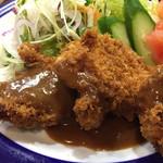 くまさんの台所 - 料理写真:豚ヒレカツセット880円