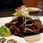 美食天堂 金威 - 黒醋古老肉(黒酢の酢豚 サンザシと黒酢のソース)