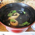 弥五郎 - セットには美味しいお味噌汁も付いて来ますよ。