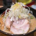 麺処 花田 - 2017.2 味噌(830円)野菜大盛り