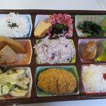 デリ・ダイニングはら田 - 料理写真:私の選んだのは週替わりワンコイン弁当500円。