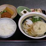 賀茂川 - うどん定食(ボリュームあり)780円