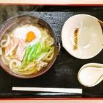 大仙御食事処 - 鍋焼きうどん 750円