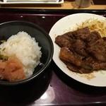 博多もつ鍋 やまや - ご飯に明太子&高菜