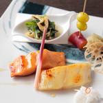 ケンゾーエステイトワイナリー - 本日の魚 西京味噌焼き 2種 ¥2,800-