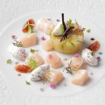 ケンゾーエステイトワイナリー - 生帆立貝とポロ葱のテリーヌ、マントンのレモンジャム添え ¥2,100-