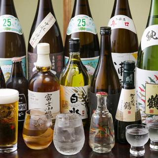 日本各地から取り寄せた自慢の銘酒◎