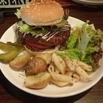 Bar Reveur - ハンバーガーセット 1,000円
