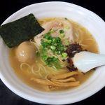 らーめん 麺の月 - らーめん 麺の月(味玉塩ら~麺 770円)
