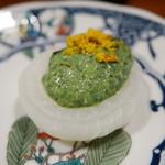 62130019 - 新玉ねぎのほうれん草と豆腐のソース