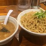 eiTo 8 - つけ麺 [400g]