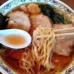 手打中華 特札堂 - チャーシューメン、麺