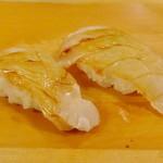 保利以 - クエのお寿司