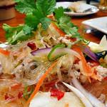 サバイ ジャイ タイランド - 春雨サラダ