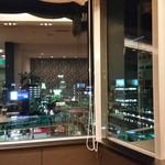 ル・ボナール - 大きな窓から豊田市の夜景が眺められます