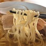 麺処 清水 - 塩煮干ワンタンそば麵リフト
