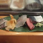 寿し 甚きち - (2013年1月)酢〆アジ、青柳、ヒラメ、中トロ、〆鯖