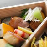 京趣味 菱岩 - 【折詰弁当】4,500円(税別)