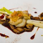 アルジャーノン - 前菜はフォアグラのフラン 北海道産雲丹のジュレを乗せて。王道フレンチの味、美味しい!