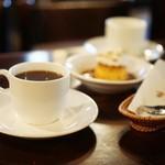珈琲 まるも - カフェとプリン☆