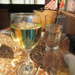 62147800 - グラスワイン