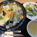 62150615 - 海鮮塩あんかけ焼きそば(サラダ・スープ付き) 1200円