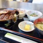 ラーメンまりちゃん - 料理写真:[2017/01]ソースかつ丼(950円)