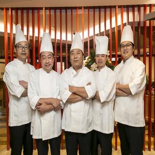 大阪梅蘭の各店舗の料理長が集結し、考案した歓送迎会専用プラン