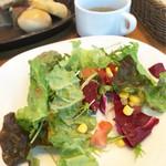 62157205 - ランチサラダ(食べかけ)