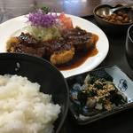 翠芳 - みそヒレかつ定食税込1296円♤肉厚美味しい味噌美味しい