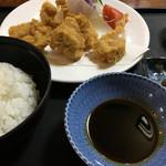 翠芳 - 蛤フライ定食税込1296円♤蛤プリプリ5つ
