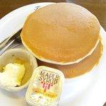 あんずの森 - 料理写真:ホットケーキ