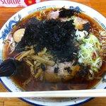 6216968 - 醤油ラーメン特盛り(700円)+味玉(50円)