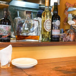 ダルバァッヴォ - 店内:カウンターから厨房を覗く