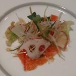 車屋 - [料理] 旬野菜とサーモンのマリネ