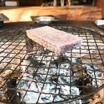 雲峰荘 - お茶菓子で出てきた黒米餅。火鉢で炙って砂糖醤油で頂きます。