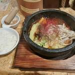 ごまる - 石焼担担麻婆麺 950円