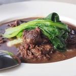 ベジフルキッチン トレーノ・ノッテ - ランチのメイン 牛すじの赤ワイン煮込み(2017.01.29)