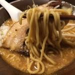 岩本屋 - 濃厚味噌の麺!