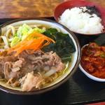 たっちゃんうどん - 肉うどん+キムチ+ライス