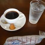 みつ亭 - ドリンク写真:2017.02 コーヒー(380円)