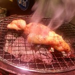 炭火焼肉 仁 - 「八王子ホルモン (580円)」