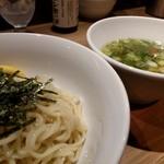 中華soba いそべ - 白旨つけ麺 750円