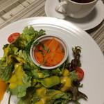 レストラン コンテッラ - サラダとスープ