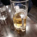 麺屋 天王 - 生ビール飲みかけですみません。