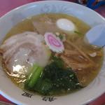 龍鳳 - 黄金塩ラーメン(プラス味たまご) 850円 (2017.1)