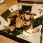 62184798 - 原木椎茸エシレバター炒め