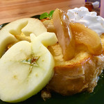 62187172 - りんごバターのフレンチトースト¥950