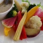 Via Lucca イタリアン&クラフトビール - 新鮮野菜のバーニャカウダー